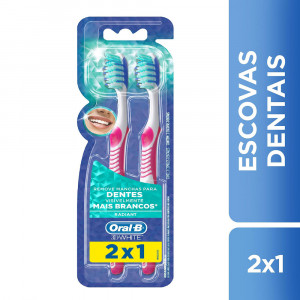 Kit c/2 Escovas Dentais Oral-B Advantage 3D White